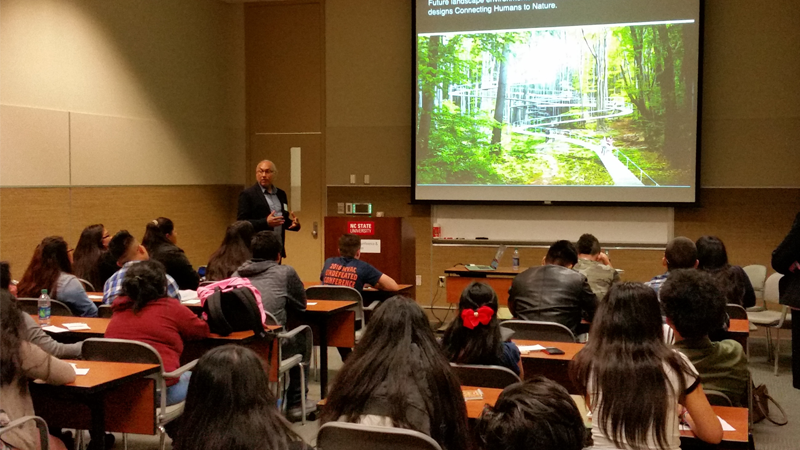 Hispanic Educational Summit Allows Landscape Architecture to be Featured
