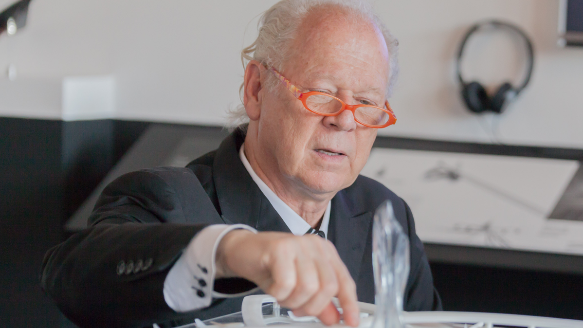 Renowned Architect Curt Fentress Gave Commencement Speech, Received Honorary Degree