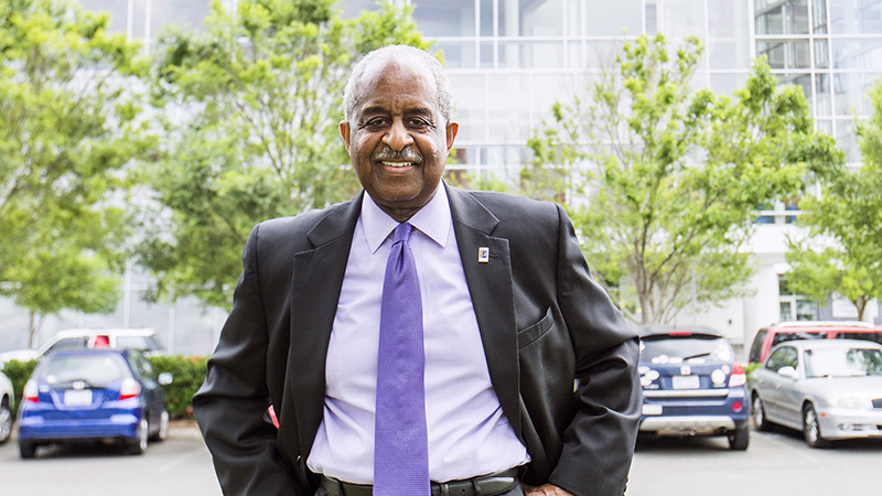 Former Durham Mayor Bill Bell Wins Designlife Award