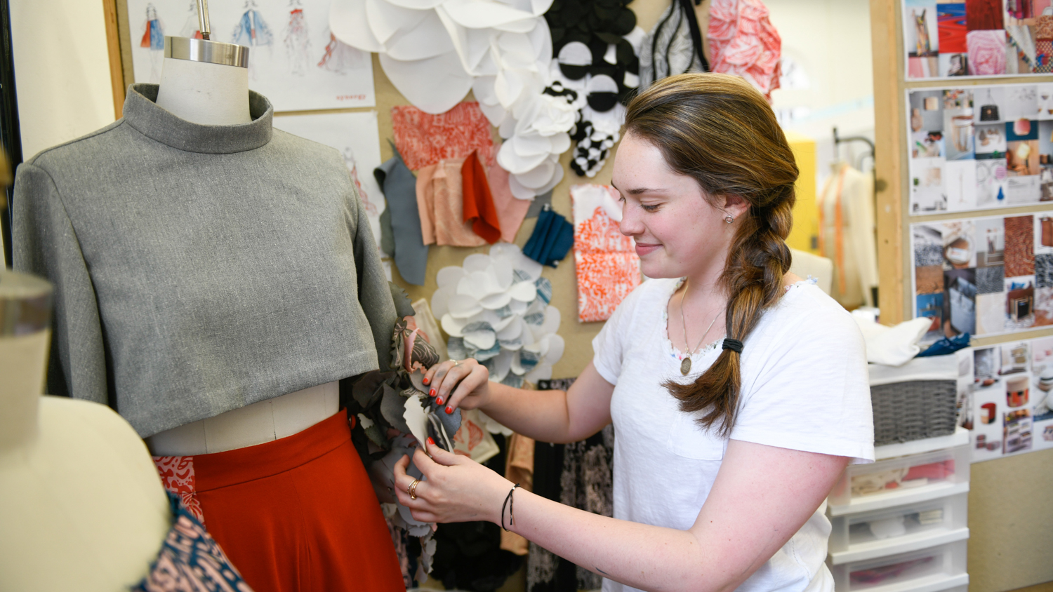 student working on art2wear collection