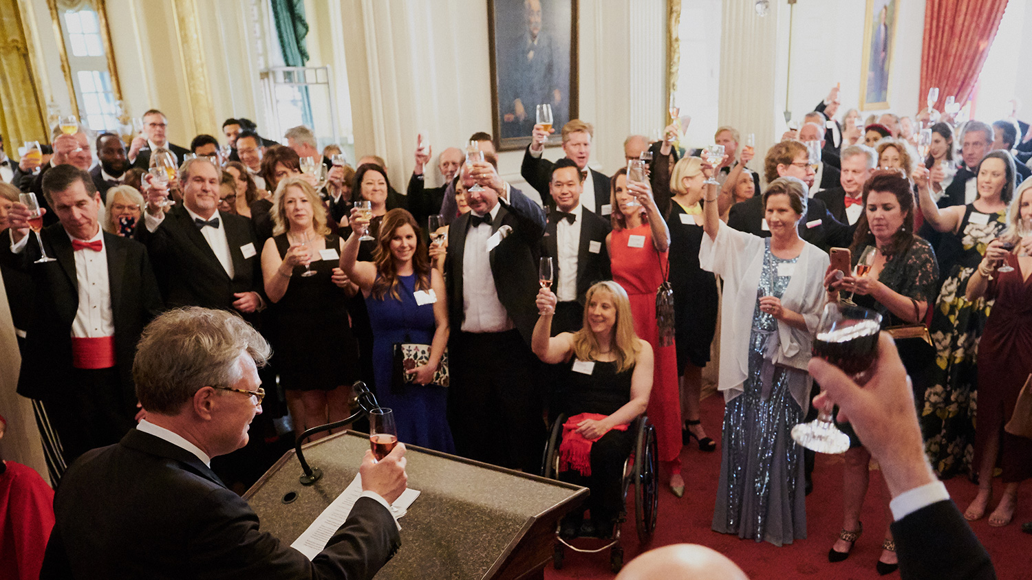 Dean Hoversten delivers toast at Gala
